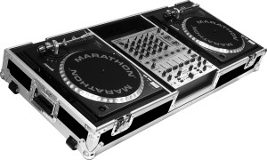 2 Turntables and one Mixer